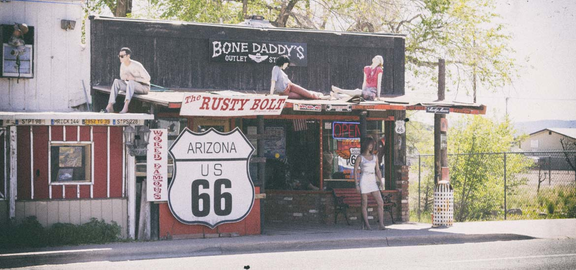 Outlet Bone Daddy w Seligman na trasie Route 66